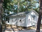 2 bedroom, 1 mile from Wellfleet Ocean!