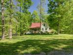 Private Setting Leipers Fork on 41 acres Sleeps 10