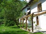 2 bedroom stone cottage in emerald Soca Valley
