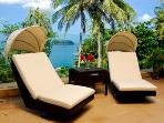 1st ROW Waterfront Luxury Villa With CHEF