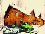 The Aspen Moose Cabin! Sleeps 22+! HOT TUB & Games