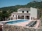 Villa Los Poyatos 5 bedrooms Htd pool sleep17 pers