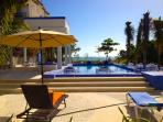 Bellamar: Luxury huge beachfront villa in Akumal.