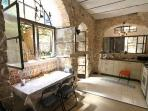 Authentic Studio Apartment in Nachlaot
