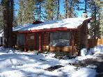 Cabin Sleeps 10, close to lake/skiing/casinos
