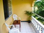 PARADISE PSI - 91447 - BARGAIN | VIBRANT | BOUTIQUE B&B | UPPER KING ROOM WITH POOL - NEGRIL