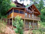 Bears Treehouse 1 BR Log Home Summer Specials