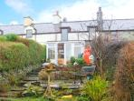 BRYN MORFA, views over countryside to sea, woodburner, garden, in Caernarfon, Ref 17582