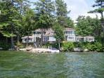 Beautiful Waterfront Vacation Luxury Home on Lake Winnipesaukee (LOK11Wf)