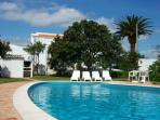 Nice 2 bdr villa on countryside, next Burgau beach