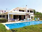 Comfortable Villa with great panoramic sea views
