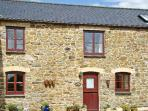 THE OLD GRANARY, pet-friendly, conservatory, countryside setting in Polyphant, Launceston Ref 17370