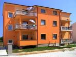 Apartment for 4 persons near the beach in Medulin