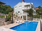 Apartment for 3 persons, with swimming pool , near the beach in Korcula