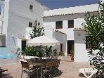Holiday house for 8 persons, with swimming pool , near the beach in Nerja