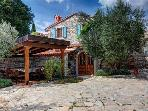 Holiday house for 14 persons, with swimming pool , in Barbariga