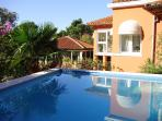 VILLA GEMMA-house near the sea with swimming pool
