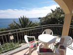 Attractive apartment for 4 persons near the beach in Trogir