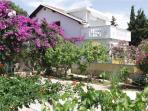 Apartment for 4 persons near the beach in Pag