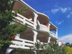Attractive apartment for 3 persons near the beach in Pag