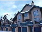 Comfortable 2 bdm, 2 bath townhome, close to slopes & village. Private garage
