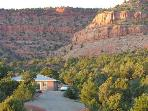 Red Cliff Retreat...close to Zion, Bryce, and more