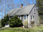 #1220 Cape style home in Vineyard Haven