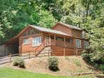 Smoky Mountain Cabin  BLACK BEAR COVE 624