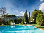 Villa Regina Jewel with Pool and Sauna.Versilia
