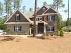 Best in Pinehurst, new construction, sleeps 12