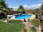 Beautiful & Private Pool/Spa Desert Oasis w/RVpad