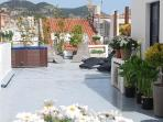 Playa Sant Sebastian. 10 BR, Jacuzzi, 150m From Beach In The Center Of Sitges Town