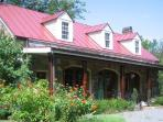 Charming Carriage House Near Historic Waterford VA