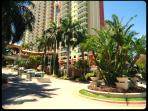 5 Star Condo - 1 Block to Beach - The Best Place!!