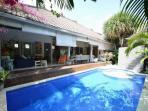 SEMINYAK Unique 4 Bedroom Villa - Sleeps 10 -WISNU