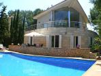 Modern villa with Jacuzzi and Wifi,  centrally located in Alcudia near the port - ES-1074661-Alcúdia