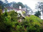 Lani's Place in Baguio - Vacation Home Sleeps 25