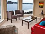 DECORATORS DREAM!! MAIN CHANNEL LAKE HAMILTON VIEWS - 7 SOUTH LOCATION