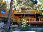 Beautiful Big Bear Cabin with Hottub, Game Room