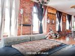 Luxury Designer Loft Super Central Old Montreal