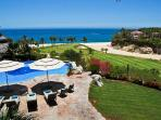Luna Llena: Golf and Beachfront Villa at Palmilla