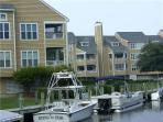Baby-friendly canalfront 2BR - Buccaneer Village #521