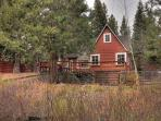 Gagne Sunnyside Vacation Rental Cabin with Hot Tub