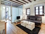 Plaza del Pi, charming 1 bedroom in old town
