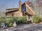 SERENITY*SECLUDED~2BR~2BA~CABIN WITH BREATHTAKING MOUNTAIN VIEWS~KING SIZED BED~SAT TV~HOT TUB~WIFI~PET FRIENDLY~GAS GRILL~WOOD BURNING FIREPLACE~FIRE PIT~WATER GARDEN~JETTED TUB IN MASTER BATH~ONLY $115/NIGHT!