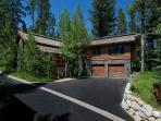 Teton Village 4 BR, 5 BA Cabin (4bd/4.5ba Granite Ridge 3072)
