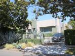 West Hollywood Modern Luxury 2 bedroom 2 bathroom  (4130)