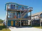 N2304- CARIBBEAN BLUE; SEMI-OCEANFRONT W/ POOL!
