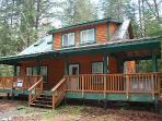 Snowline cabin #78 - 3 bedrooms, 2 baths - hot tub! Pet Friendly!