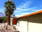Mid-Century Golfer's Retreat, Pool, Mountain Views, Sleeps 6